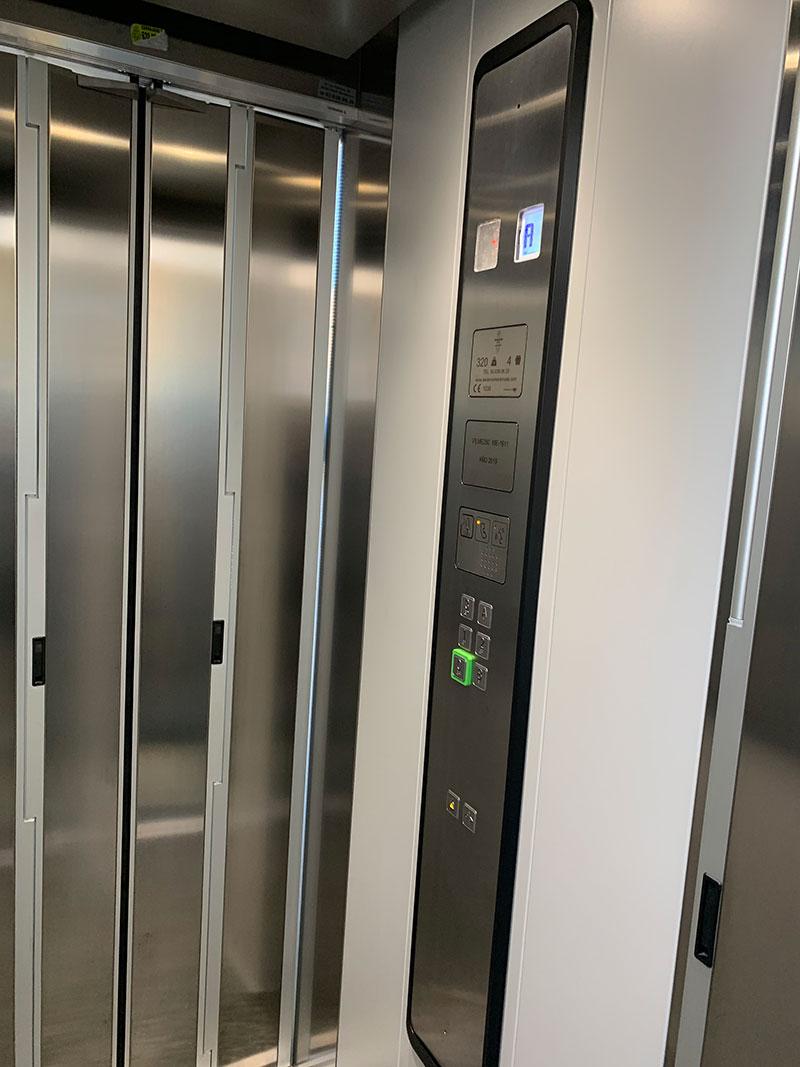 Instalación de ascensor Viladecans   Ascensores Ramase