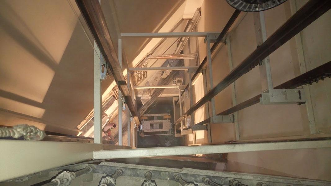 Instalación de ascensor Eixample Barcelona   Ascensores Ramase