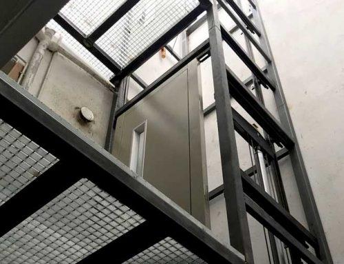 Instal·lació d'elevador tipus PEV – Castelldefels
