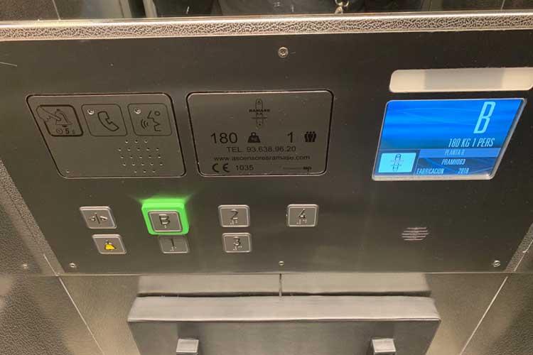 Instalación de ascensor oleodinámico | Ascensores Ramase