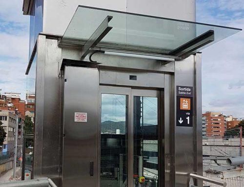 Instal·lació de dos ascensors a l'estació de Renfe de Sant Andreu