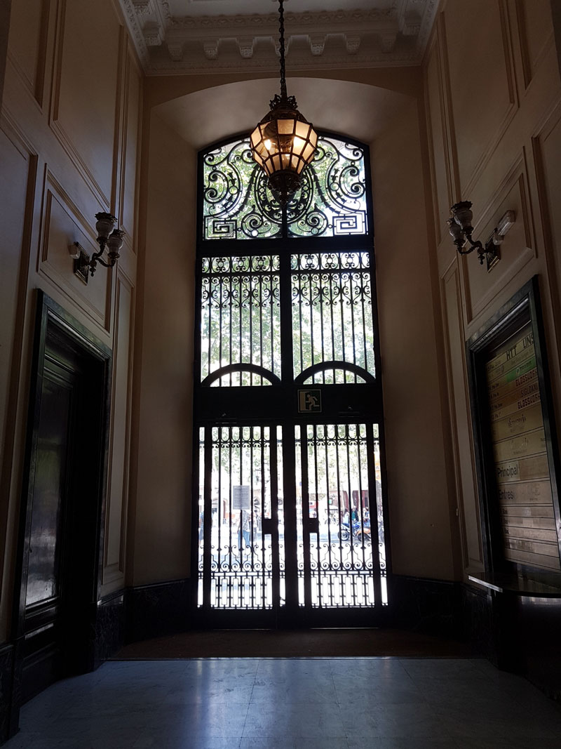 Instalación ascensor Barcelona   Ascensores Ramase