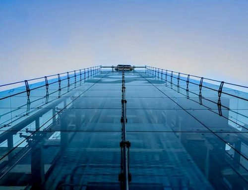 ¿Es obligatorio contratar empresas de mantenimiento de ascensores en Barcelona?