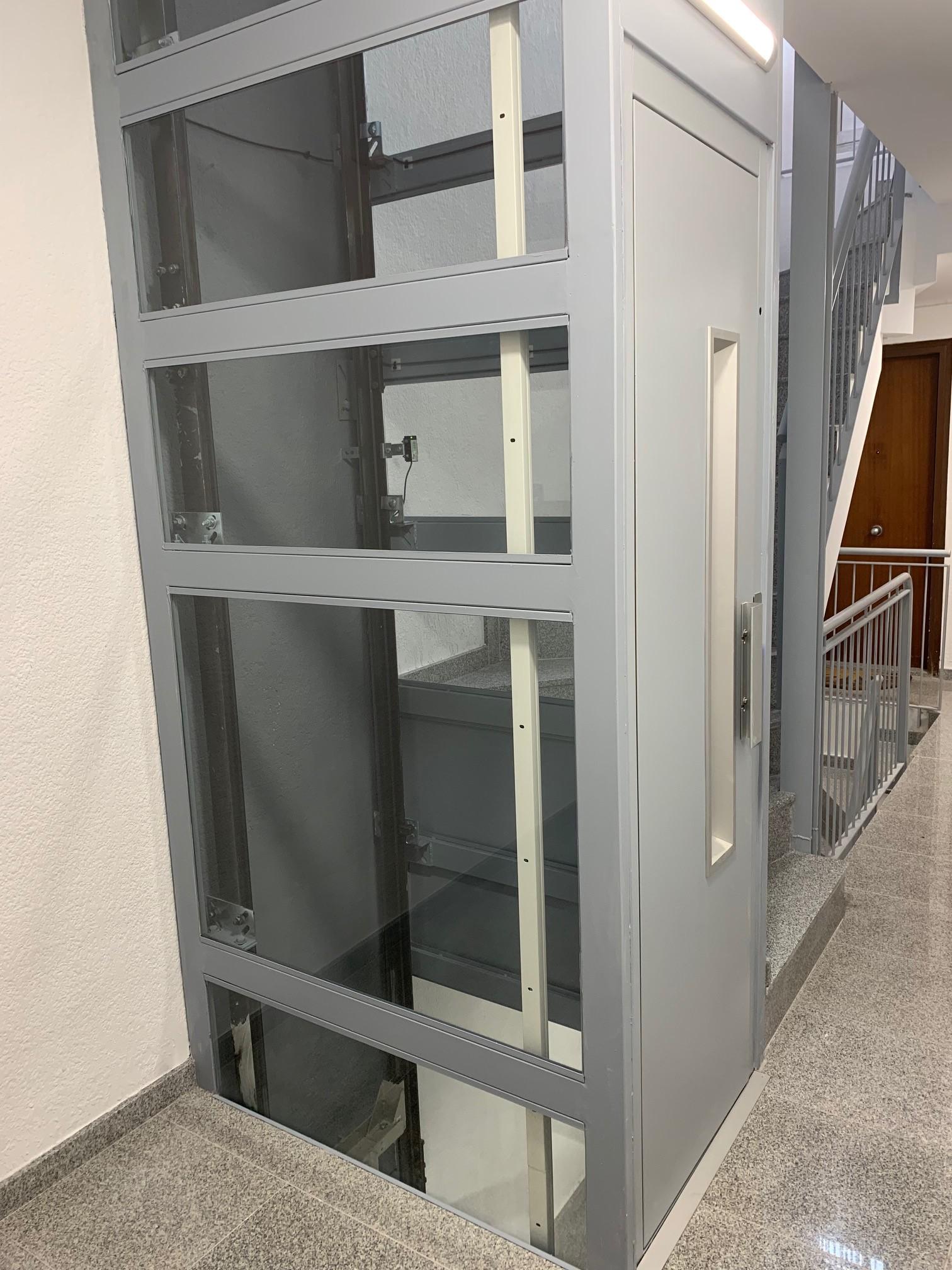 Instalación de ascensor oleodinámico   Ascensores Ramase