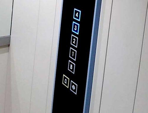 Instal·lació ascensor retallant galeries