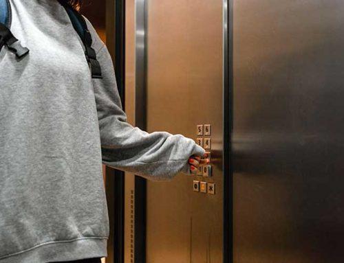 Factores que determinan el peso máximo de un ascensor