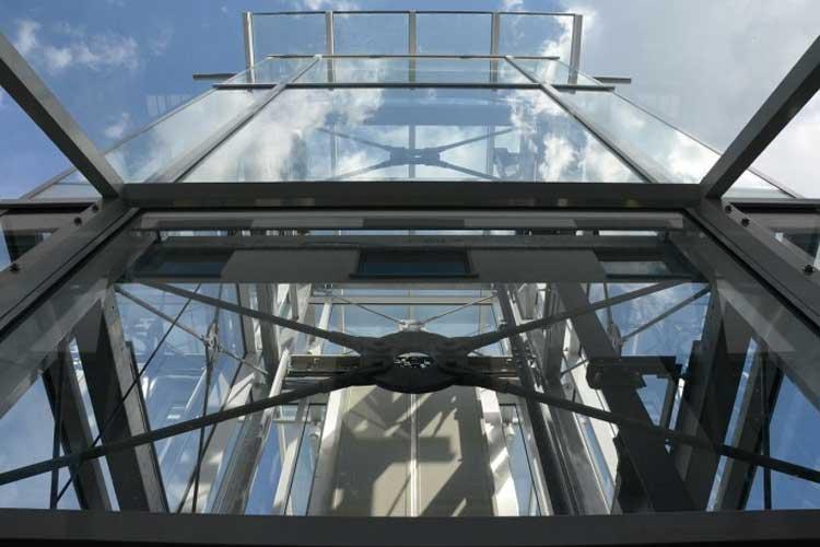 Por qué es mejor un ascensor de última generación